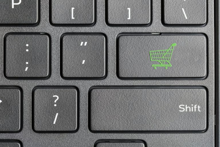 shopping cart icon on computer keyboard